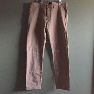 NWOT JCrew pant. Men's size 33x32